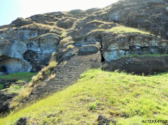 Il Moai più alto 21 m presso Rano Raraku (Cava dei Moai)